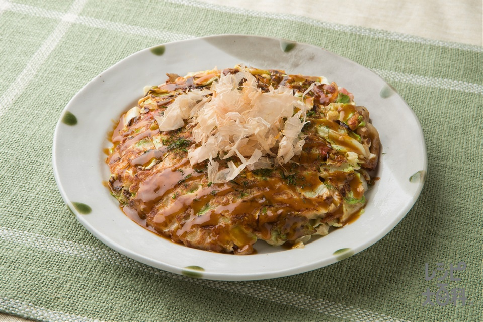 味噌マヨソースのふんわりお好み焼き(キャベツ+お好み焼き粉を使ったレシピ)