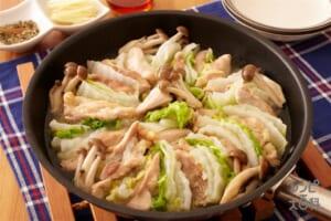 白菜で簡単!鶏だし蒸し鍋
