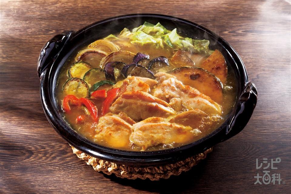 やわらか鶏むねスープカレー鍋(鶏むね肉+玉ねぎを使ったレシピ)