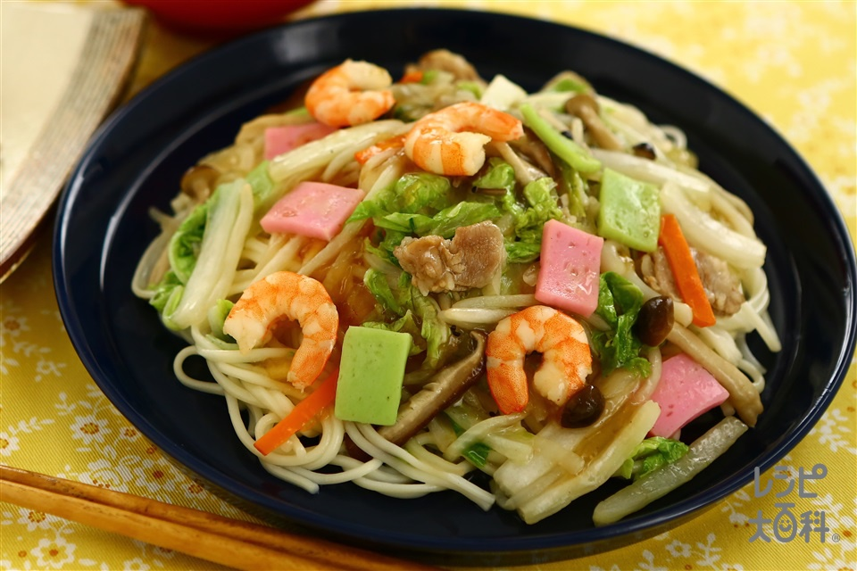 秋野菜五島皿うどん(干しうどん+白菜を使ったレシピ)