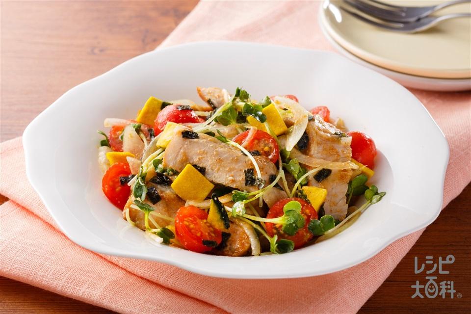 豚ロースと貝割れのトスサラダ(豚ロースしょうが焼き用肉+ミニトマトを使ったレシピ)