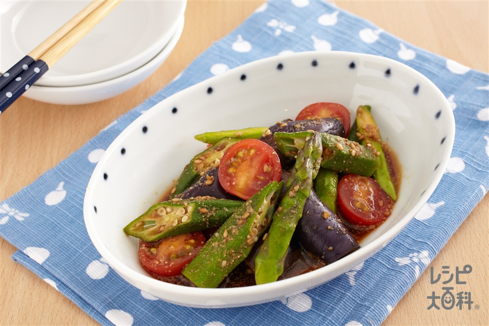 レンジで簡単!夏野菜の彩り胡麻和え(なす+ミニトマトを使ったレシピ)