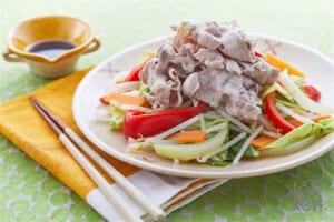豚しゃぶ温野菜のオイスターソースかけ