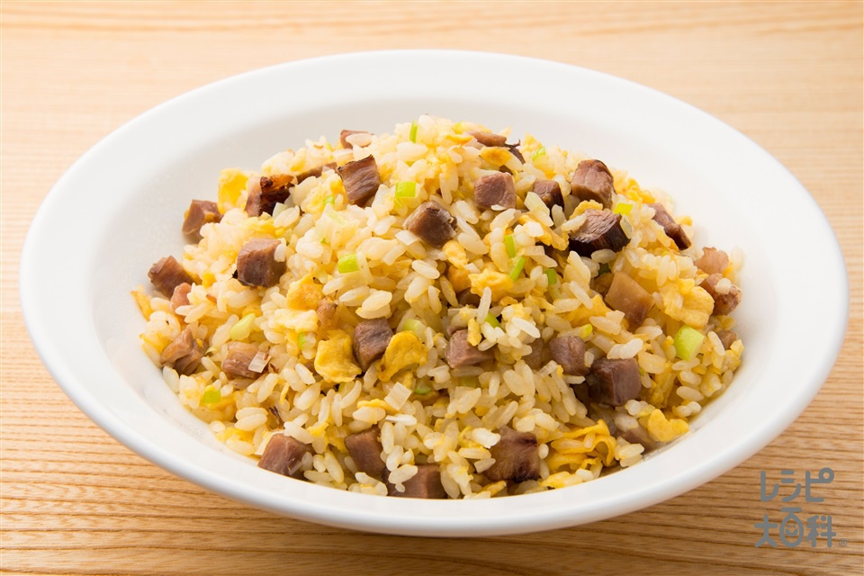 金のネギ焼豚炒飯(ご飯+長ねぎを使ったレシピ)