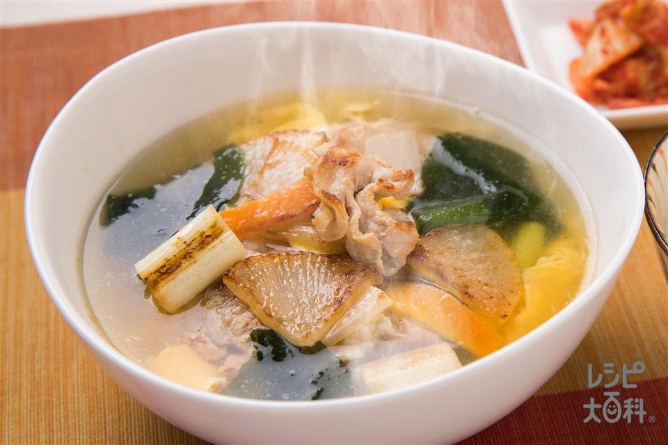 焼き野菜の香ばしスープ(豚こま切れ肉+Aにんにくのすりおろしを使ったレシピ)