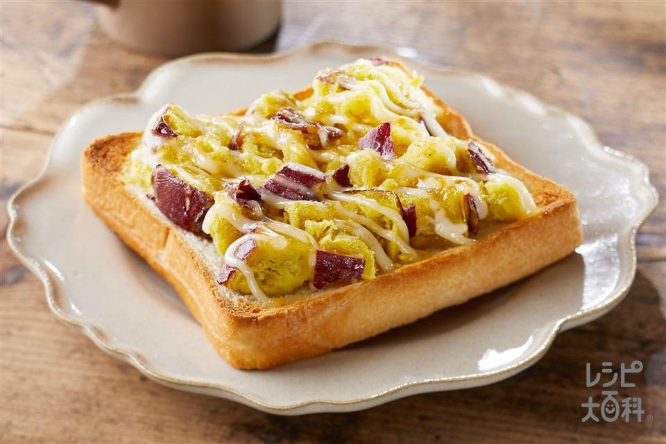 ハニー&マヨのスイートポテトースト(食パン6枚切り+さつまいもを使ったレシピ)