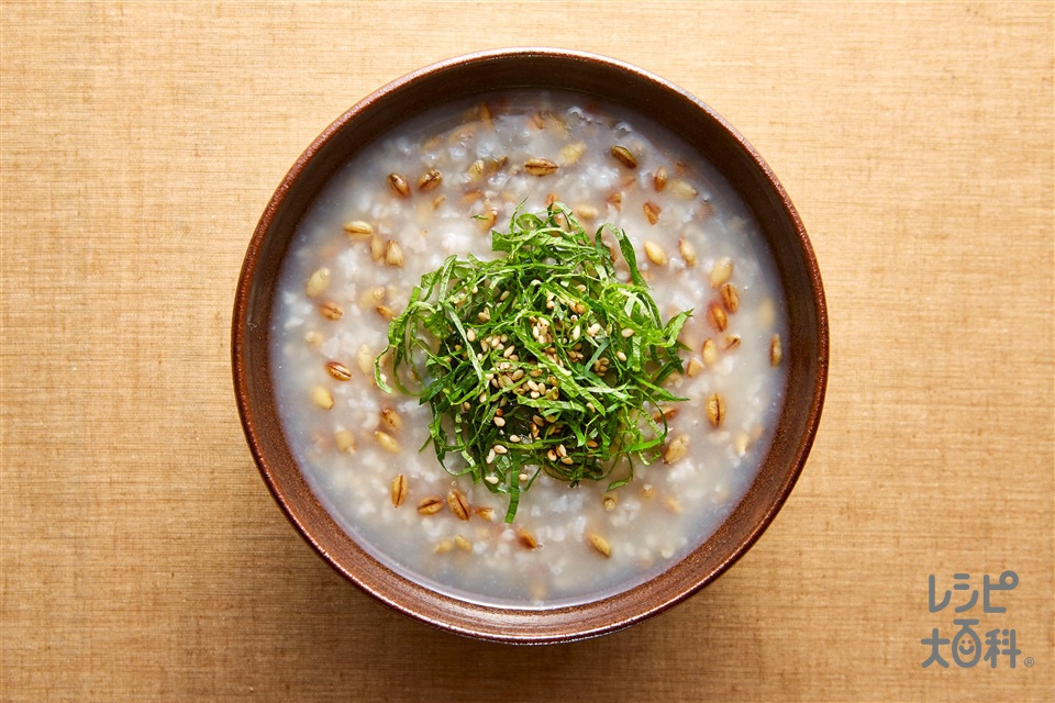 話題のスーパー大麦を配合!「味の素KKおかゆ」スーパー大麦がゆアレンジレシピ特集☆