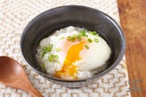 鶏だし温玉スープごはん