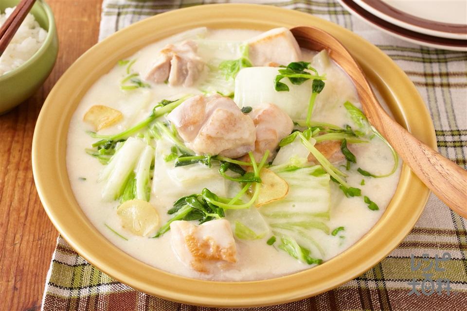 鶏肉と白菜・豆苗のクリーム煮 (鶏もも肉+白菜を使ったレシピ)