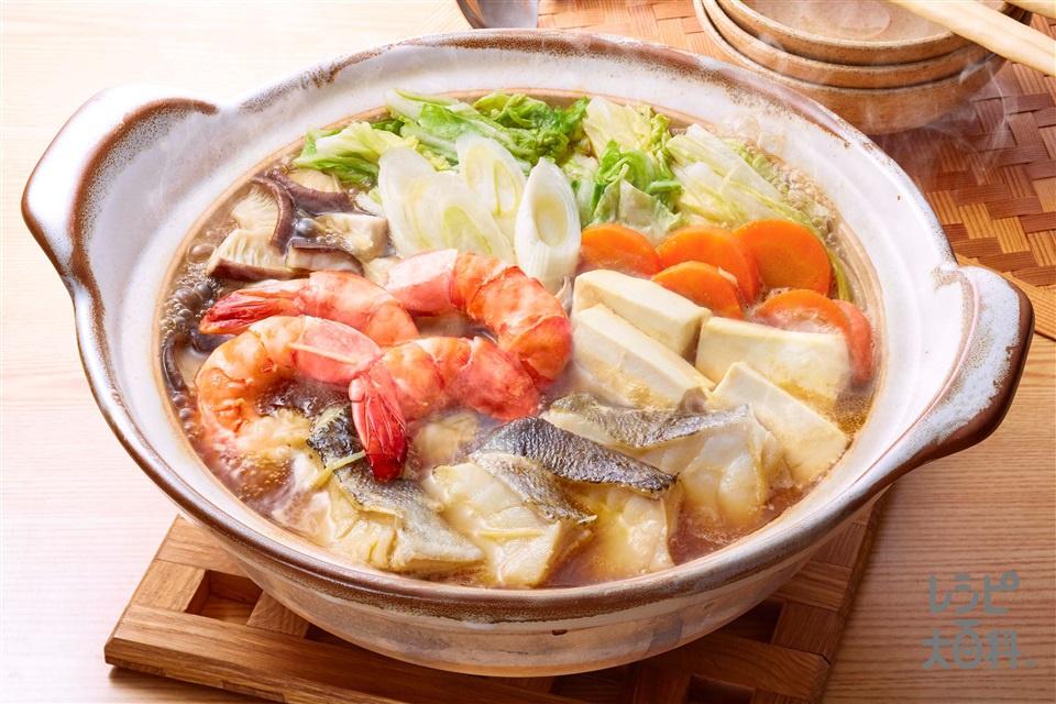 お魚で作る「コクうま野菜だし鍋」(たら+白菜を使ったレシピ)