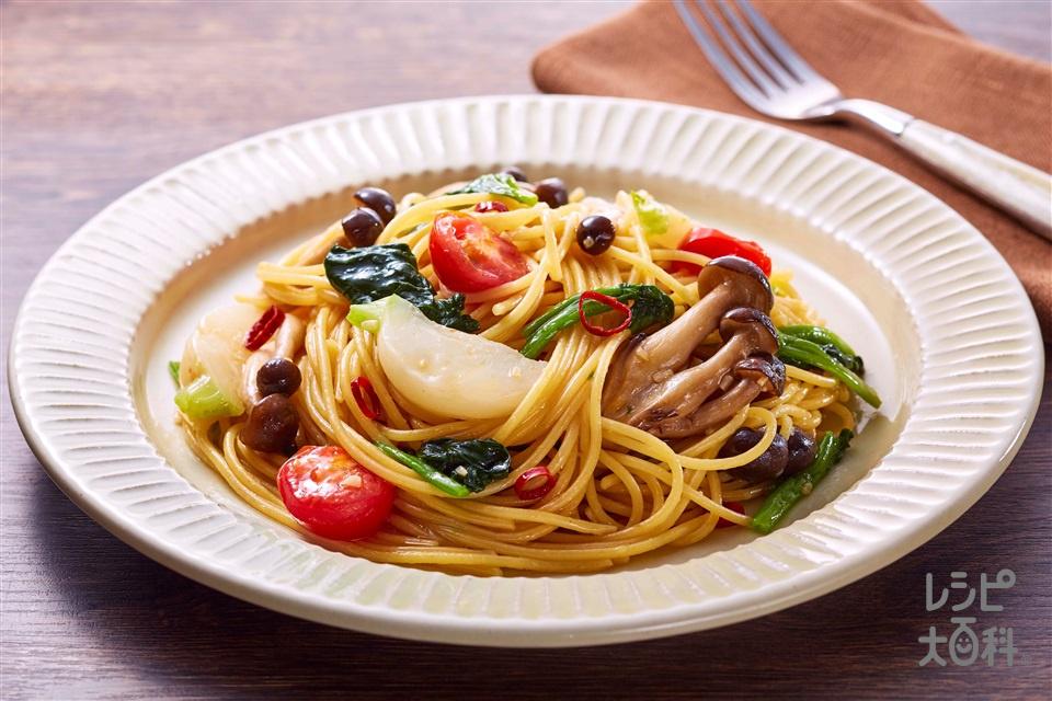 野菜だしのペペロンチーノ(スパゲッティ+しめじを使ったレシピ)