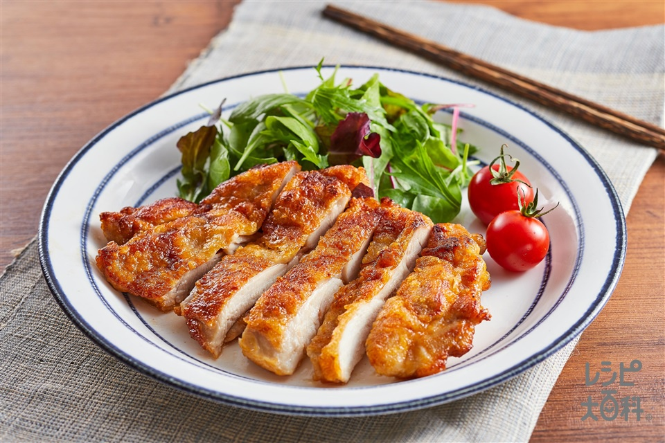 トムヤムチキンソテー(鶏もも肉+片栗粉を使ったレシピ)