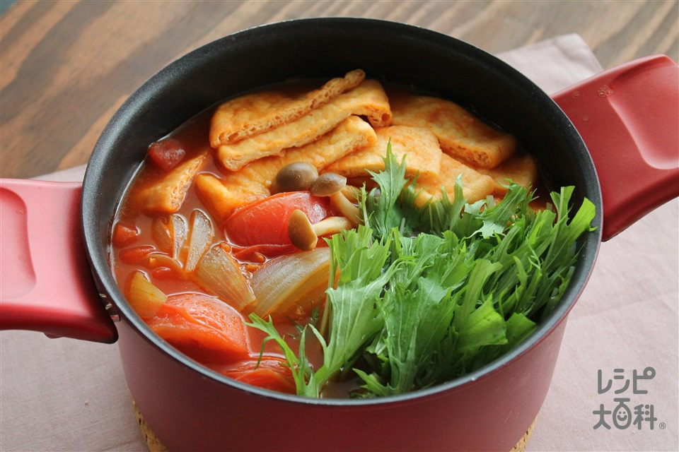油揚げのトマト鍋(トマト+カットトマト缶を使ったレシピ)