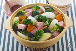 かぼちゃとブロッコリーの彩り野菜鍋(1日分の野菜)