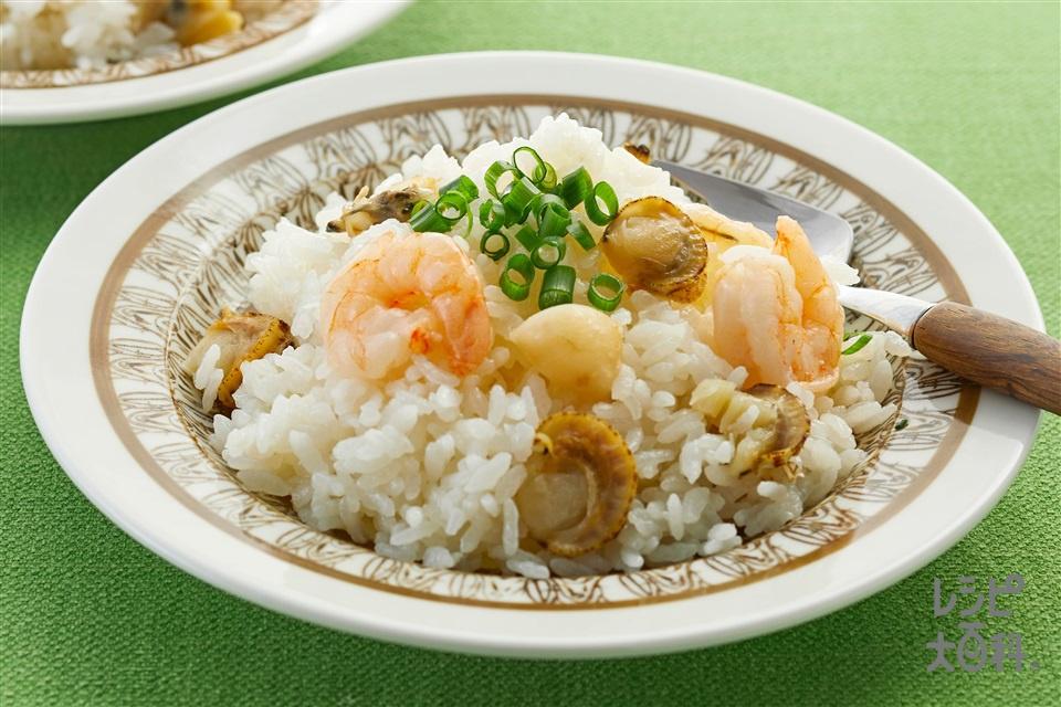 帆立だし香る海鮮だし炊きご飯(米+冷凍シーフードミックスを使ったレシピ)
