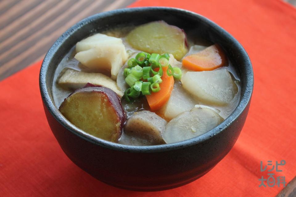 具だくさん根菜みそ汁(さつまいも+大根を使ったレシピ)