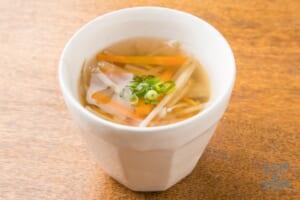 4種の根菜としょうがの和風スープ