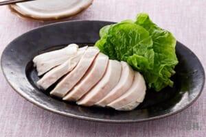 「鍋キューブ」で作るうま塩サラダチキン