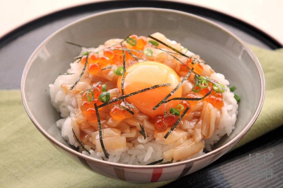 ばくだん丼(温かいご飯+いか(刺身)を使ったレシピ)