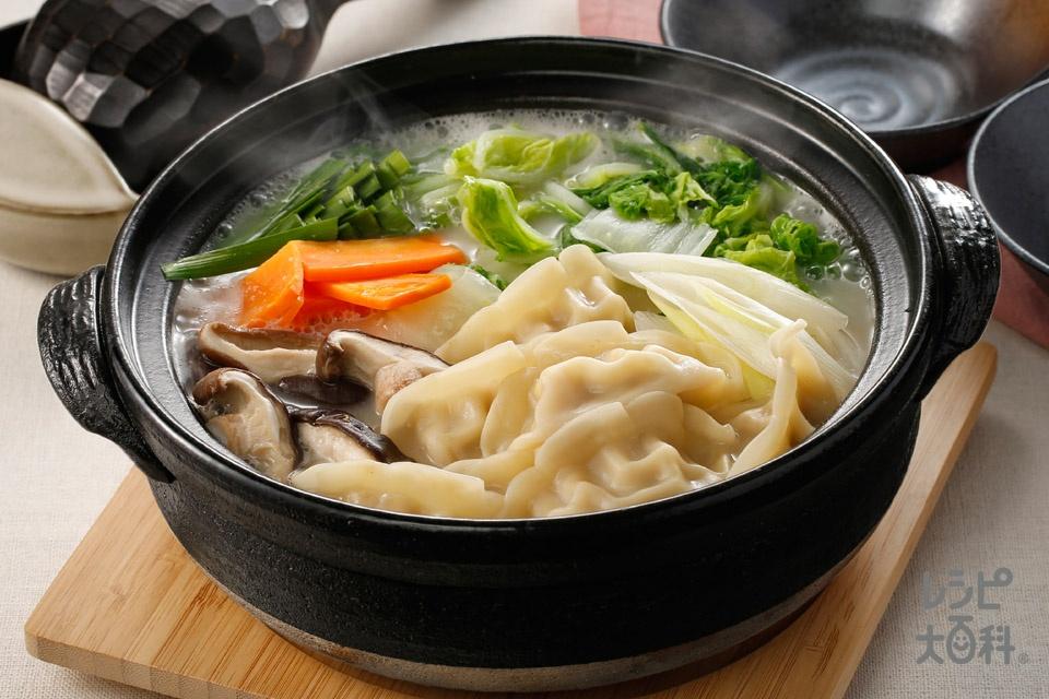~濃厚白湯でいただく~ねぎシャキ餃子鍋(白菜+長ねぎを使ったレシピ)