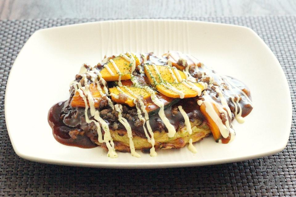 パンプキンソースのお好み焼き(キャベツ+お好み焼き粉を使ったレシピ)
