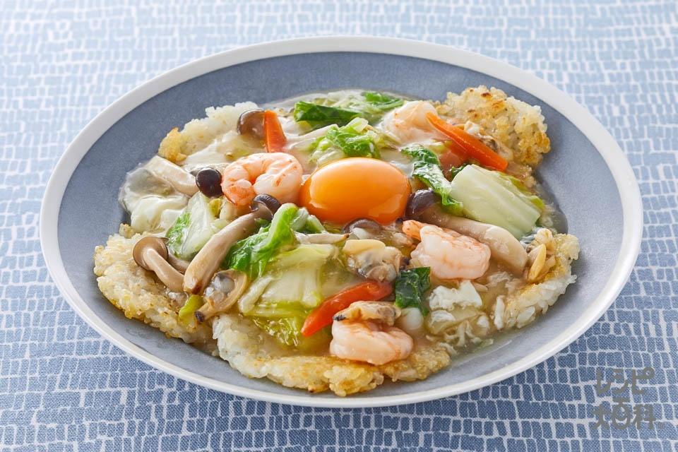 おこげのあんかけ(冷凍シーフードミックス+白菜を使ったレシピ)