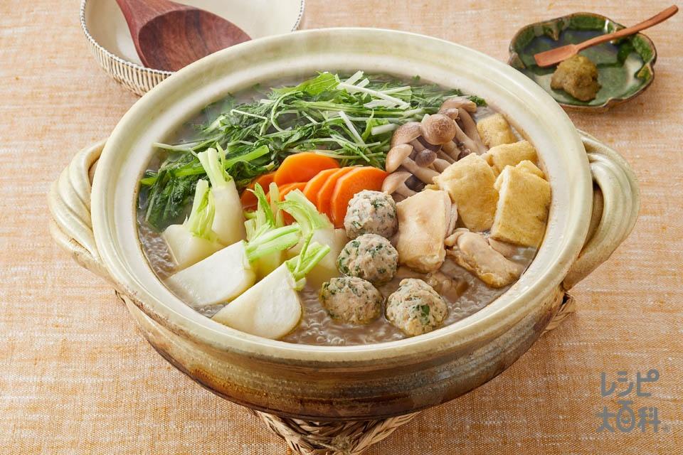 かぶと大葉入り鶏だんごの鍋(鶏ひき肉+青じそを使ったレシピ)