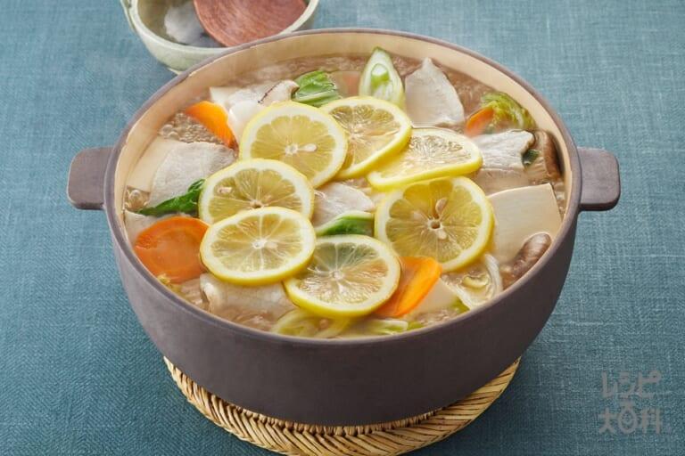 魚介だしのレモン鍋