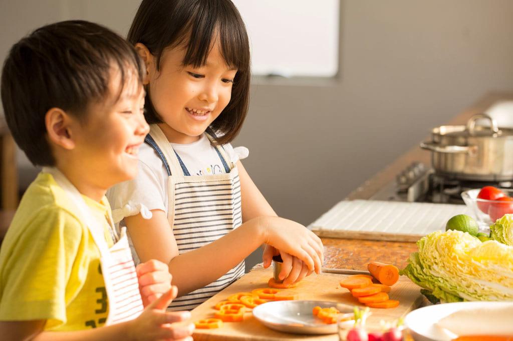 夏休みの今こそ! お子さんの「お料理デビュー」応援企画☆