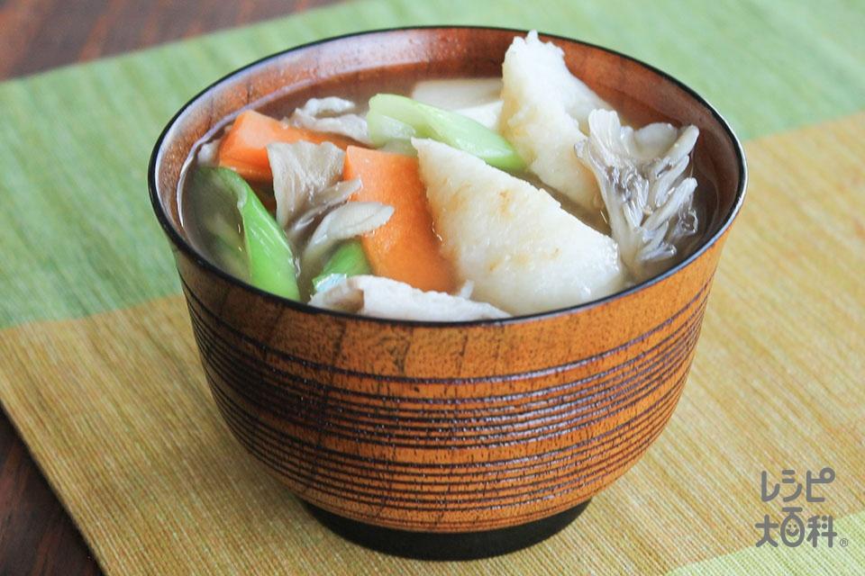 きりたんぽのみそ汁(きりたんぽ+豚バラ薄切り肉を使ったレシピ)