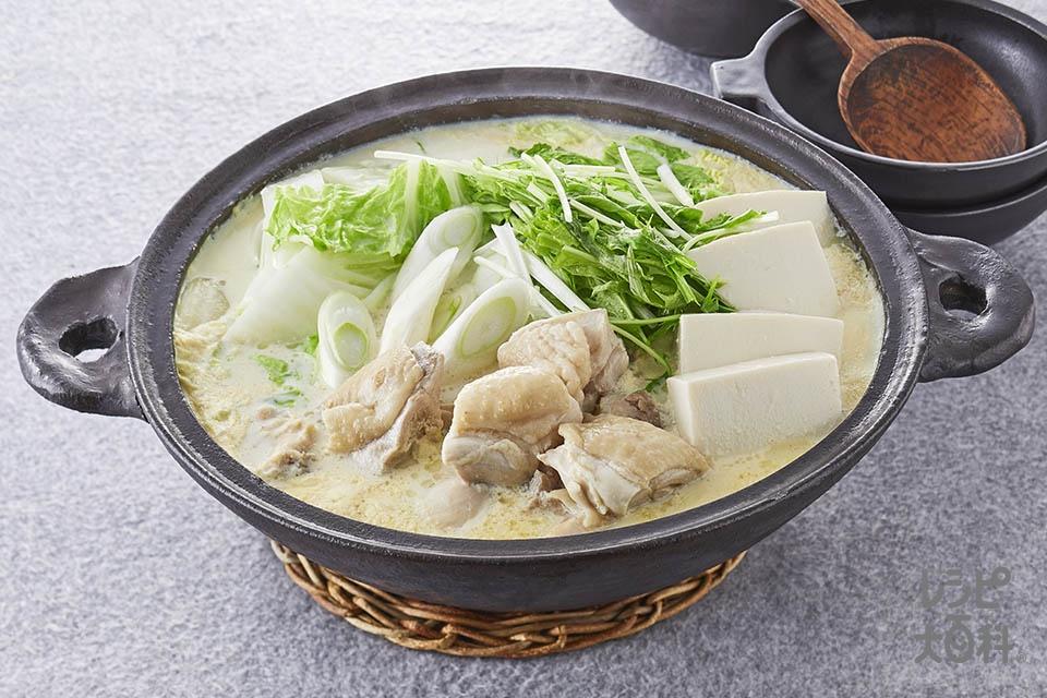 香味濃厚豆乳鍋(鶏もも肉+白菜を使ったレシピ)