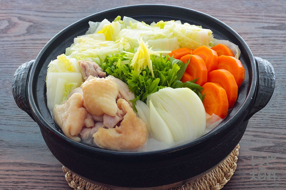 鶏だししみしみ白菜鍋(鶏もも肉+白菜を使ったレシピ)