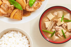 「ほんだし®」で作るみそ汁と、和食の「勝ち飯®」レシピ特集