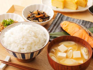 11月24日は和食の日♪聞かれると迷う食事マナー
