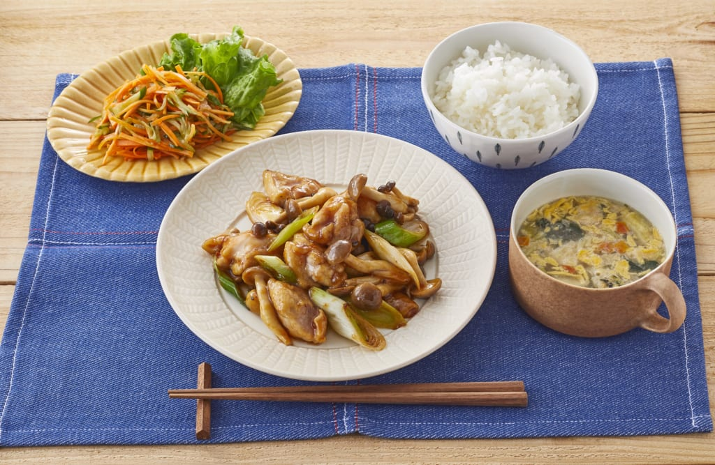 【夕食】ガリバタ鶏献立