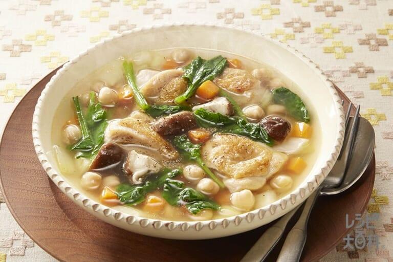 チキンと豆の満腹スープ