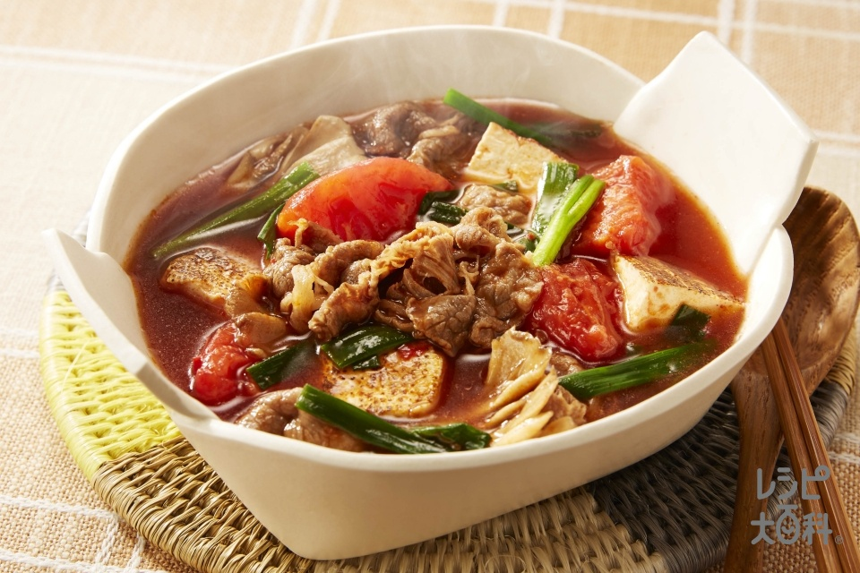 すき焼き風トマトスープ(牛肉(すき焼き用)+トマトを使ったレシピ)