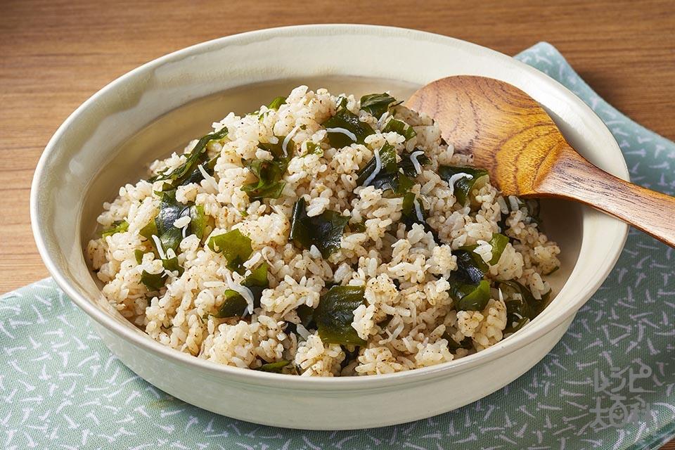 しらすとわかめの混ぜご飯(ご飯+乾燥カットわかめを使ったレシピ)