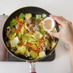 豚肉とキャベツの簡単和風炒めの作り方_2_0