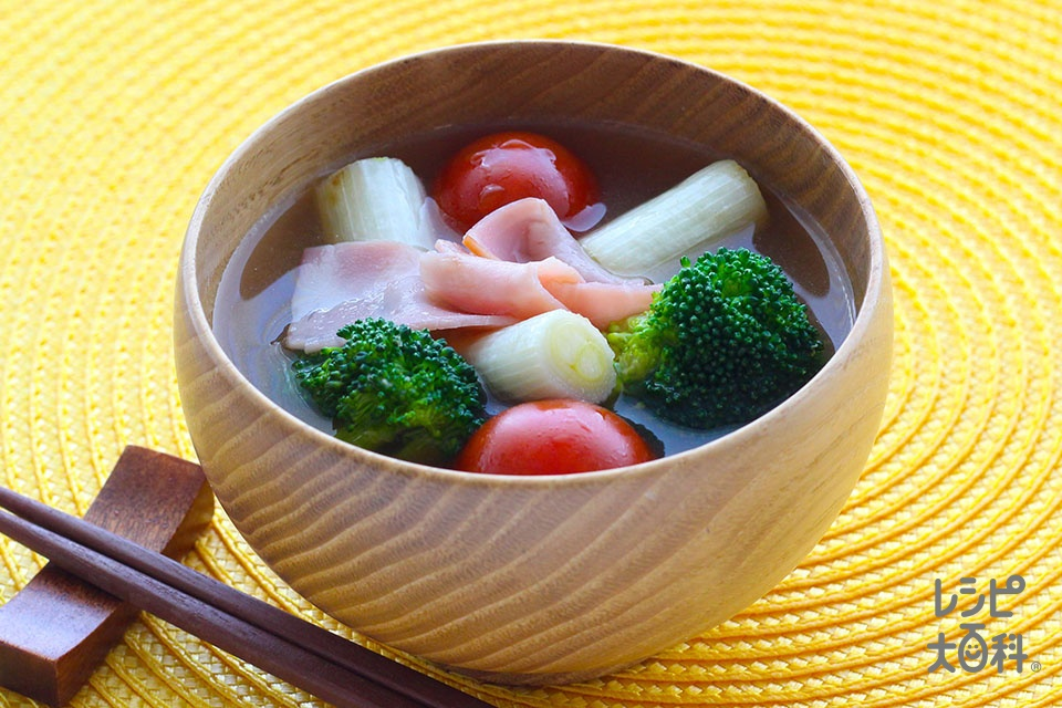 白ねぎとブロッコリーのみそ汁(ねぎ+ブロッコリーを使ったレシピ)