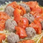 ひき肉とトマトのスパイシー蒸しの作り方_1_1