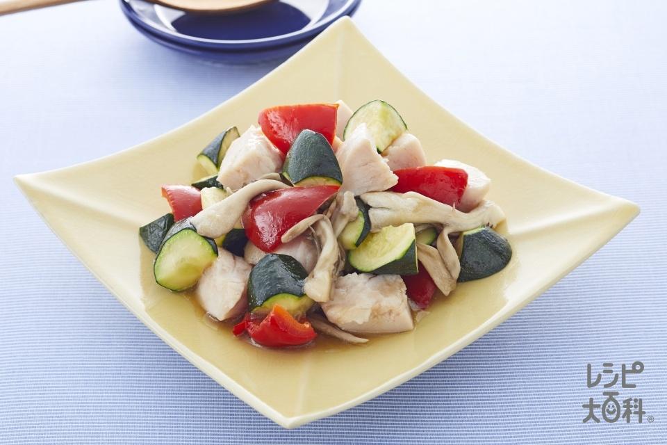 サラダチキンとズッキーニの簡単レンジおかず(黒酢味)(パプリカ(赤)+ズッキーニを使ったレシピ)