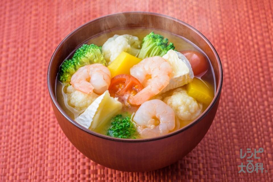 カラフル野菜とチーズのみそ汁(ブロッコリー+カリフラワーを使ったレシピ)