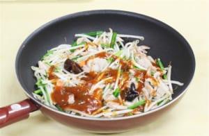 豚肉ともやしの香味炒めの作り方_2_0