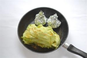 キャベツとベーコンの重ね煮とコーンバターの作り方_2_0
