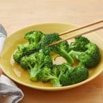 ブロッコリーのレンジ温野菜♪バーニャカウダ味の作り方_2_0