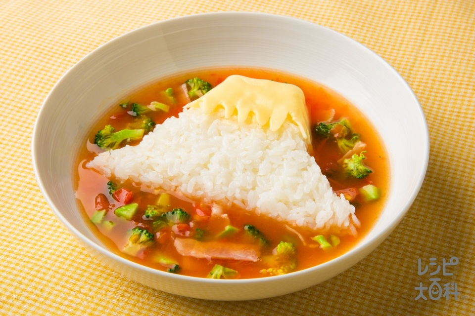 富士山トマトスープごはん(トマト+ブロッコリーを使ったレシピ)