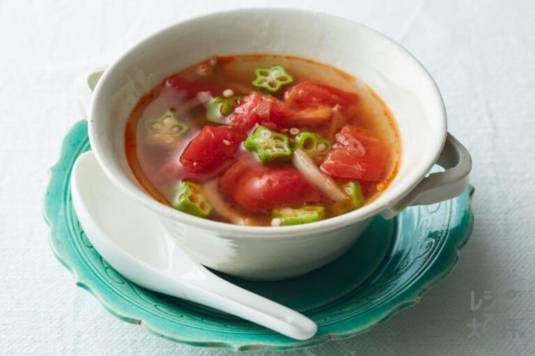トマトとオクラのからすっぱスープ