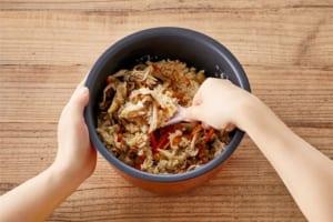鶏ときのこのだし炊きご飯の作り方_3_0