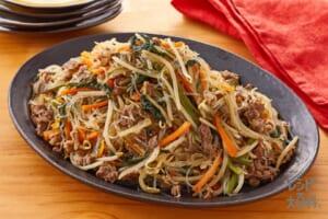牛肉と空心菜のチャプチェ風